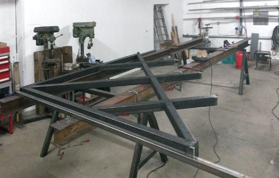 Metallkonstruktion in der Werkstatt